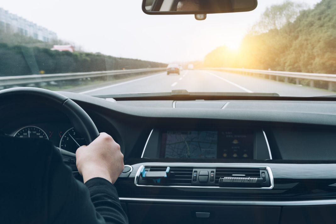 נתפסתם נוהגים ללא רישיון רכב תקף?